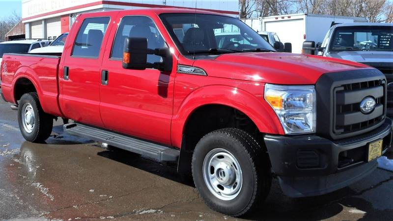 2015 Ford F-250 Super Duty for sale at Central City Auto West in Lewistown MT