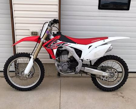 2016 Honda CRF450R for sale at Central City Auto West in Lewistown MT