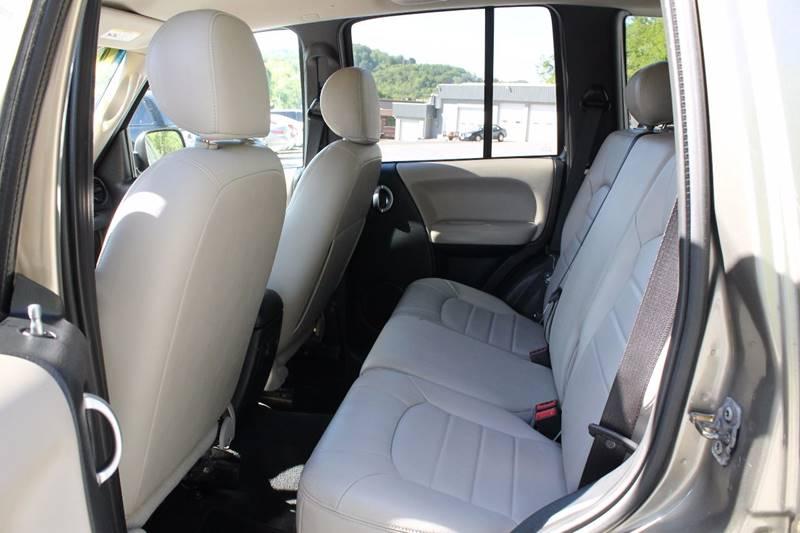 2004 Jeep Liberty Limited 4WD 4dr SUV - Bristol VA