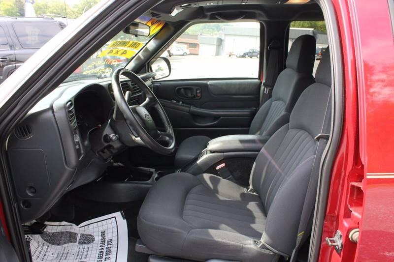 2003 Chevrolet Blazer 4x4 LS 4dr SUV - Bristol VA