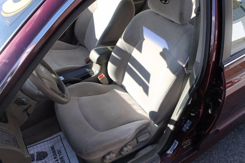 2002 Hyundai Sonata 4dr Sedan - Bristol VA