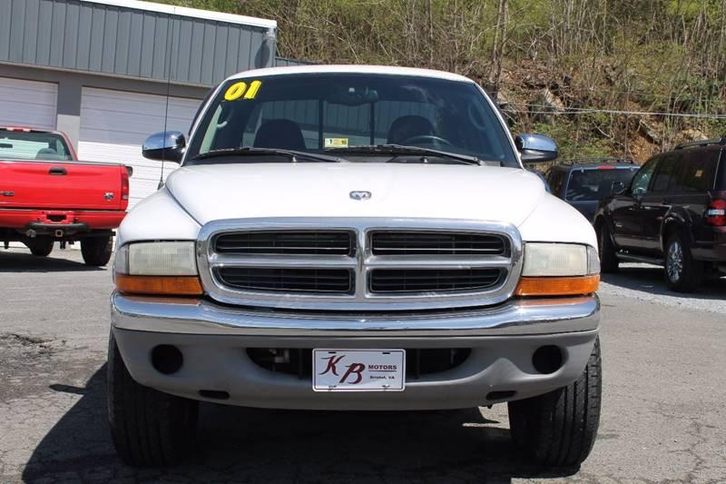 2001 Dodge Dakota 2dr SLT 4WD Club Cab SB - Bristol VA