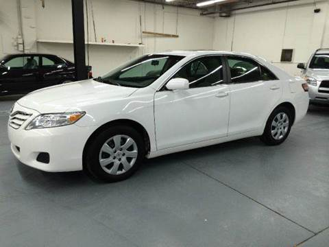 2010 Toyota Camry for sale at AVAZI AUTO GROUP LLC in Gaithersburg MD