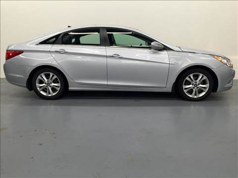 2012 Hyundai Sonata for sale at AVAZI AUTO GROUP LLC in Gaithersburg MD