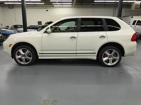 2006 Porsche Cayenne for sale at AVAZI AUTO GROUP LLC in Gaithersburg MD