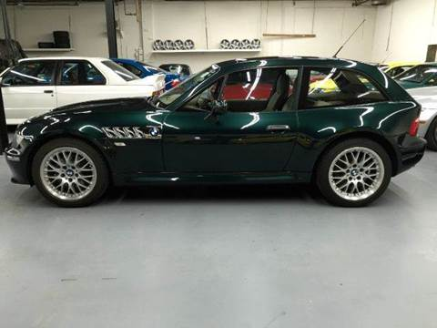 2002 BMW Z3 for sale at AVAZI AUTO GROUP LLC in Gaithersburg MD