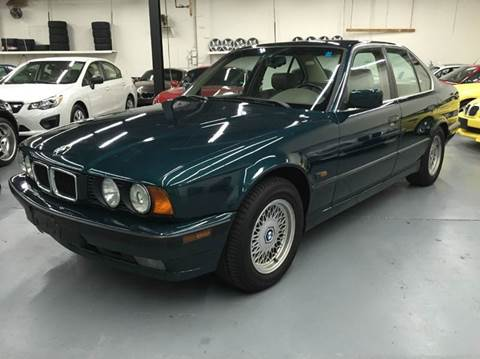 1995 BMW 5 Series for sale at AVAZI AUTO GROUP LLC in Gaithersburg MD