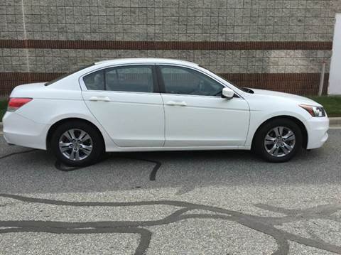 2012 Honda Accord for sale at AVAZI AUTO GROUP LLC in Gaithersburg MD