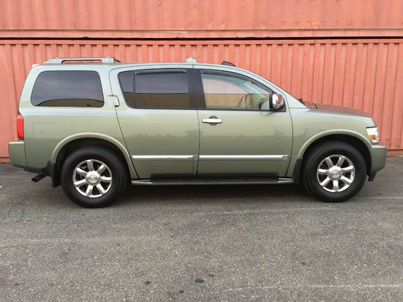 2004 Infiniti QX56 for sale at AVAZI AUTO GROUP LLC in Gaithersburg MD