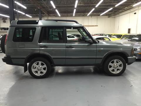 2004 Land Rover Discovery for sale at AVAZI AUTO GROUP LLC in Gaithersburg MD