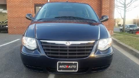 2007 Chrysler Town and Country for sale at AVAZI AUTO GROUP LLC in Gaithersburg MD