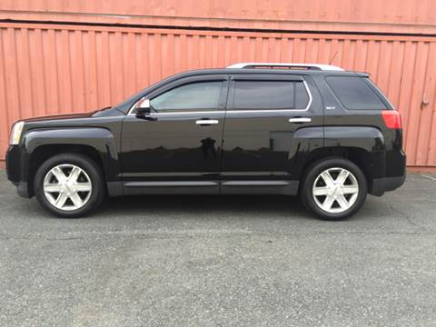 2011 GMC Terrain for sale at AVAZI AUTO GROUP LLC in Gaithersburg MD
