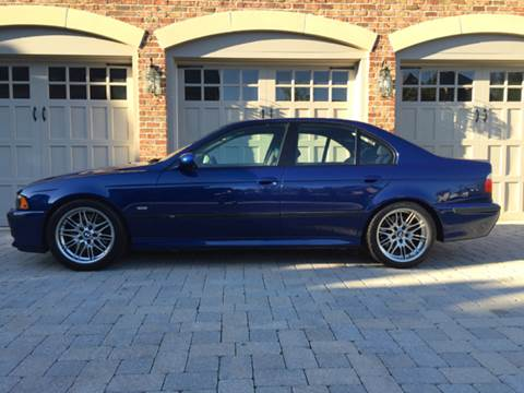 2001 BMW M5 for sale at AVAZI AUTO GROUP LLC in Gaithersburg MD
