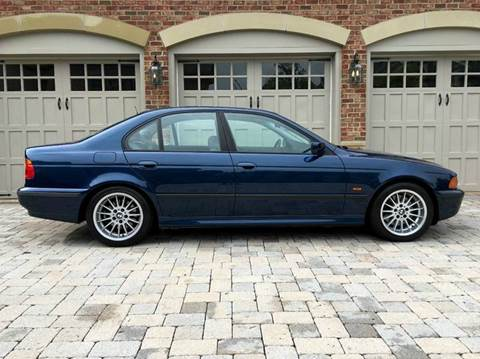 2000 BMW 5 Series for sale at AVAZI AUTO GROUP LLC in Gaithersburg MD