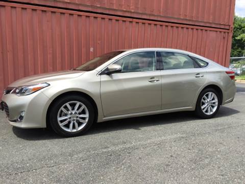 2013 Toyota Avalon for sale at AVAZI AUTO GROUP LLC in Gaithersburg MD