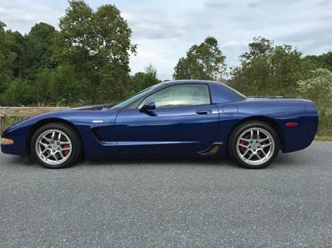 2004 Chevrolet Corvette for sale at AVAZI AUTO GROUP LLC in Gaithersburg MD