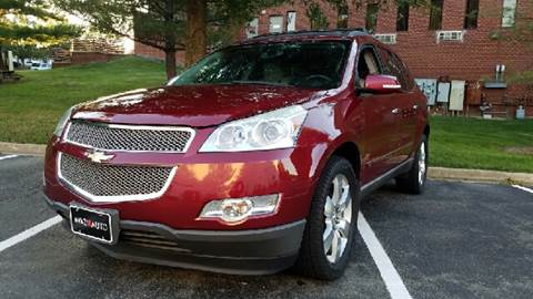 2009 Chevrolet Traverse for sale at AVAZI AUTO GROUP LLC in Gaithersburg MD