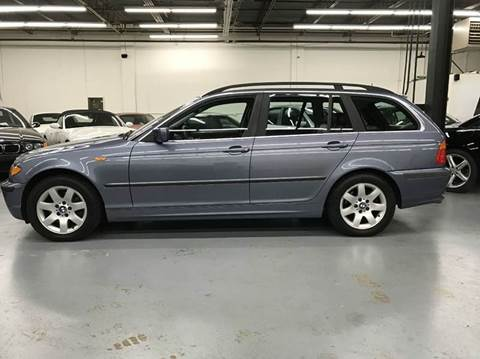 2004 BMW 3 Series for sale at AVAZI AUTO GROUP LLC in Gaithersburg MD