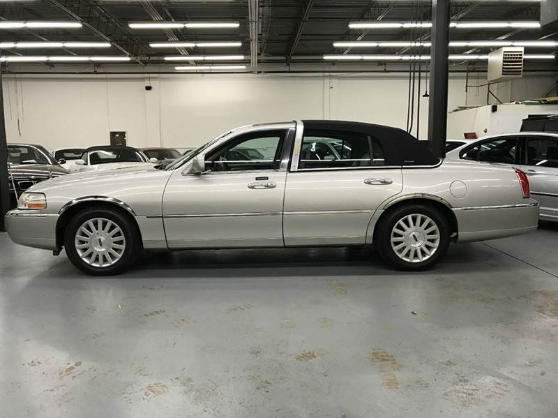 2004 Lincoln Town Car Ultimate 4dr Sedan In Gaithersburg Md Avazi