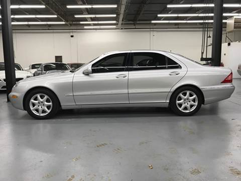2006 Mercedes-Benz S-Class for sale at AVAZI AUTO GROUP LLC in Gaithersburg MD