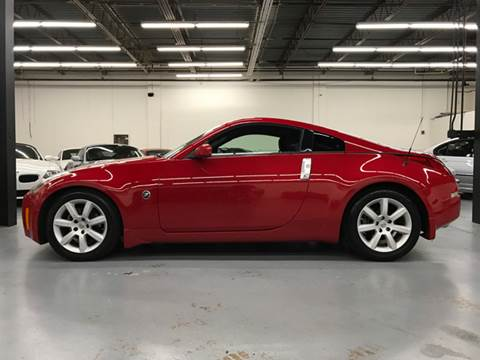 2005 Nissan 350Z for sale at AVAZI AUTO GROUP LLC in Gaithersburg MD