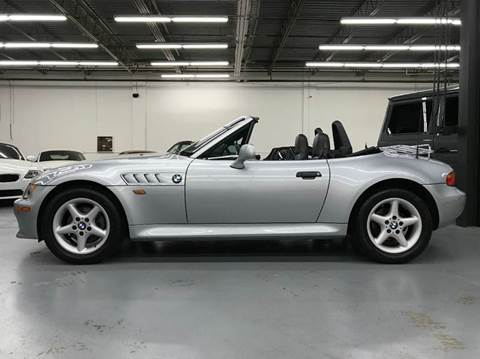 1998 BMW Z3 for sale at AVAZI AUTO GROUP LLC in Gaithersburg MD