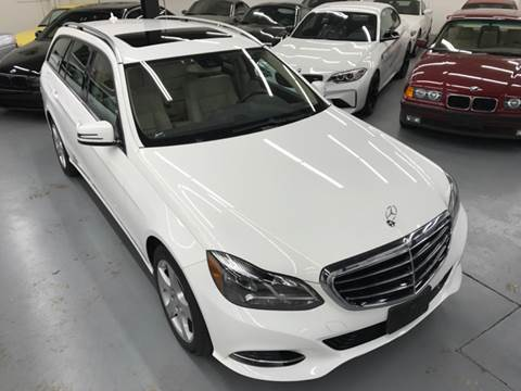 2014 Mercedes-Benz E-Class for sale at AVAZI AUTO GROUP LLC in Gaithersburg MD