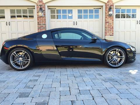 2009 Audi R8 for sale at AVAZI AUTO GROUP LLC in Gaithersburg MD