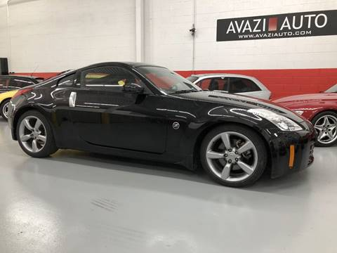 2006 Nissan 350Z for sale at AVAZI AUTO GROUP LLC in Gaithersburg MD