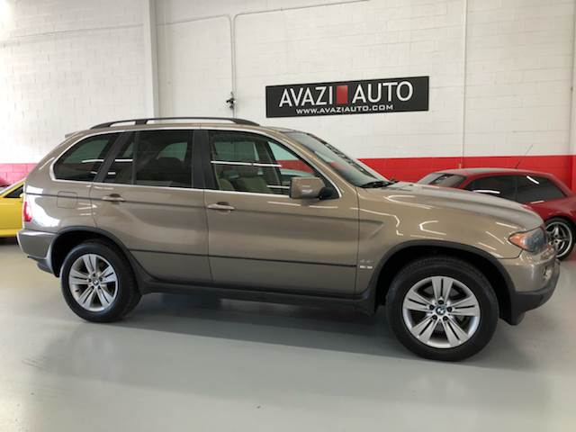 2004 BMW X5 for sale at AVAZI AUTO GROUP LLC in Gaithersburg MD