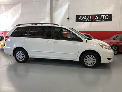 2006 Toyota Sienna for sale at AVAZI AUTO GROUP LLC in Gaithersburg MD
