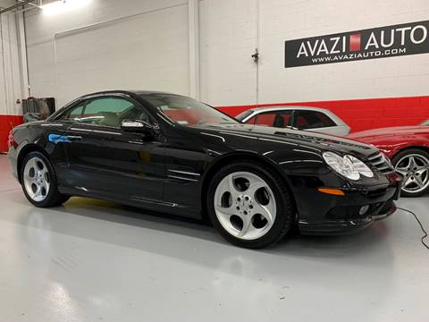 2004 Mercedes-Benz SL-Class for sale at AVAZI AUTO GROUP LLC in Gaithersburg MD