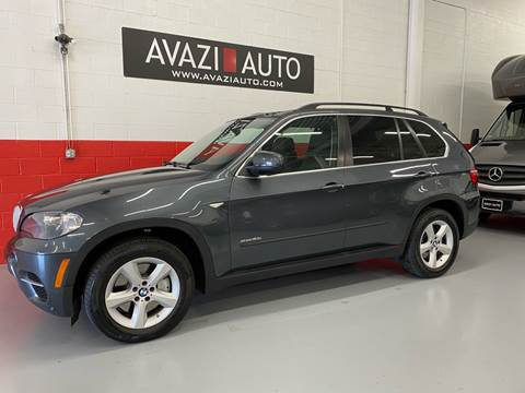 2011 BMW X5 for sale at AVAZI AUTO GROUP LLC in Gaithersburg MD