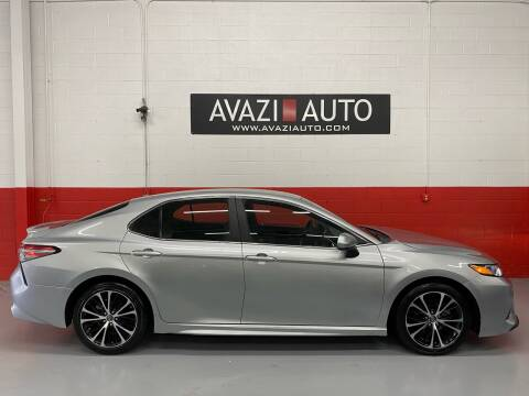 2018 Toyota Camry for sale at AVAZI AUTO GROUP LLC in Gaithersburg MD