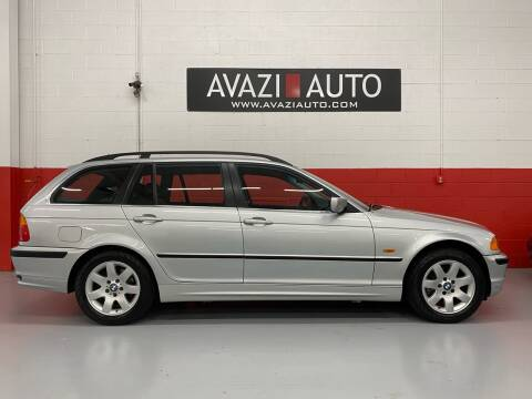 2001 BMW 3 Series for sale at AVAZI AUTO GROUP LLC in Gaithersburg MD
