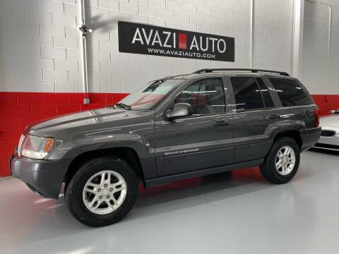2004 Jeep Grand Cherokee for sale at AVAZI AUTO GROUP LLC in Gaithersburg MD