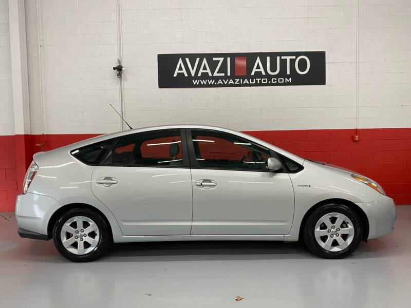 2009 Toyota Prius for sale at AVAZI AUTO GROUP LLC in Gaithersburg MD
