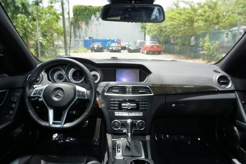 2013 Mercedes-Benz C-Class AWD C 300 Sport 4MATIC 4dr Sedan - Hollywood FL