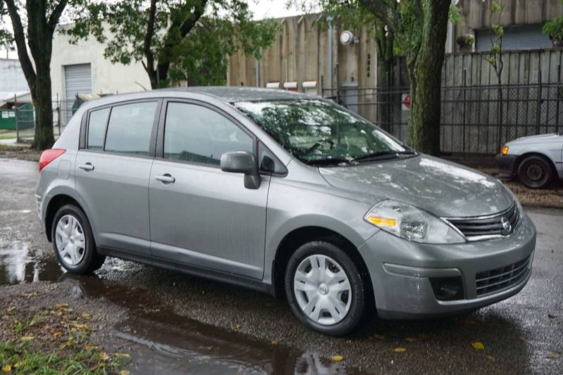 2012 NISSAN VERSA 18 S 4DR HATCHBACK 4A gray  call 888-218-8442 - 888-218-8442 for sales