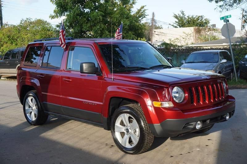 2017 JEEP PATRIOT LATITUDE 4DR SUV burgundy  call 888-218-8442 - 888-218-8442 for sales  th