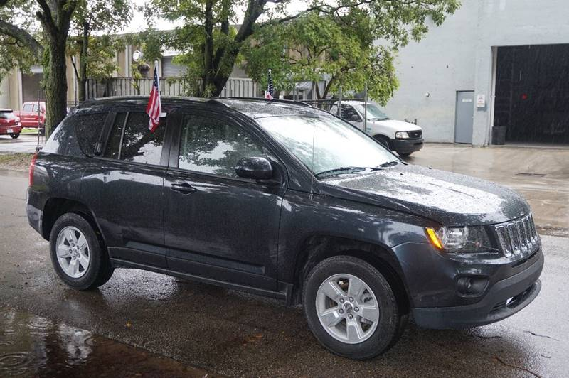 2014 JEEP COMPASS LATITUDE 4DR SUV gray  call 888-218-8442 for sales  this 2014 jeep compas