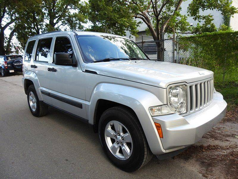 2012 JEEP LIBERTY SPORT 4X2 4DR SUV silver  call 888-218-8442 for sales  this 2012 jeep lib