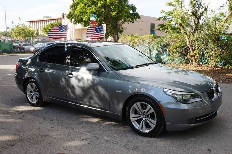 2009 BMW 5 SERIES 528I 4DR SEDAN gray  call 888-218-8442 for sales  this 2009 bmw 528i 4dr