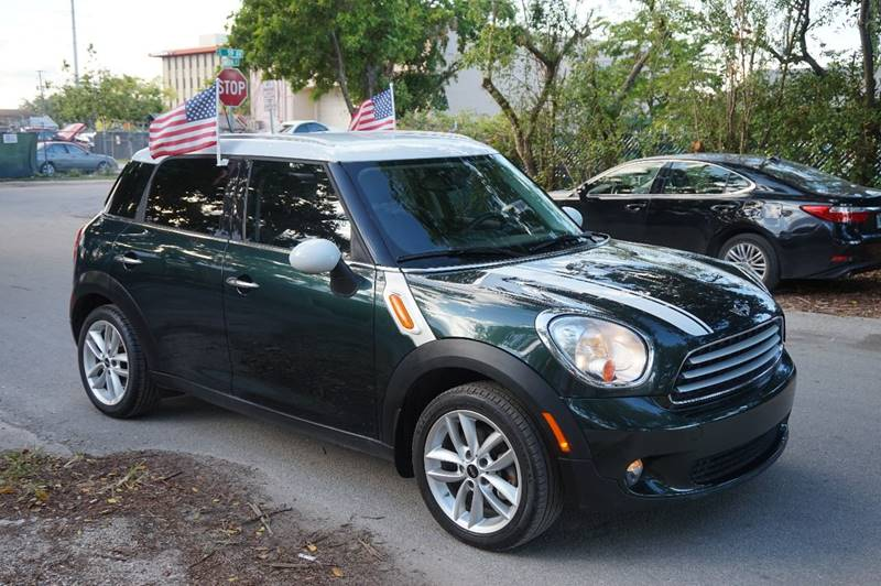 2013 MINI COUNTRYMAN COOPER 4DR CROSSOVER green  call 888-218-8442 for sales  this 2013 min