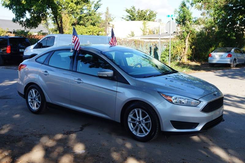 2015 FORD FOCUS SE 4DR SEDAN silver  call 888-218-8442 for sales  this 2015 ford focus se 4