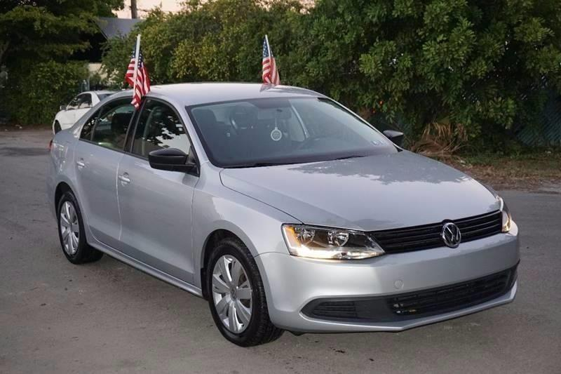 2013 VOLKSWAGEN JETTA S 4DR SEDAN 6A silver  call 888-218-8442 for sales  this 2013 volkswa