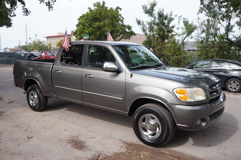 2004 TOYOTA TUNDRA SR5 4DR DOUBLE CAB RWD SB V8 gray  call 888-218-8442 for sales  this 200