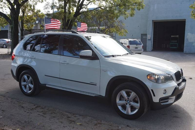 2010 BMW X5 XDRIVE30I AWD 4DR SUV white  call 888-218-8442 for sales    vehicle price inclu