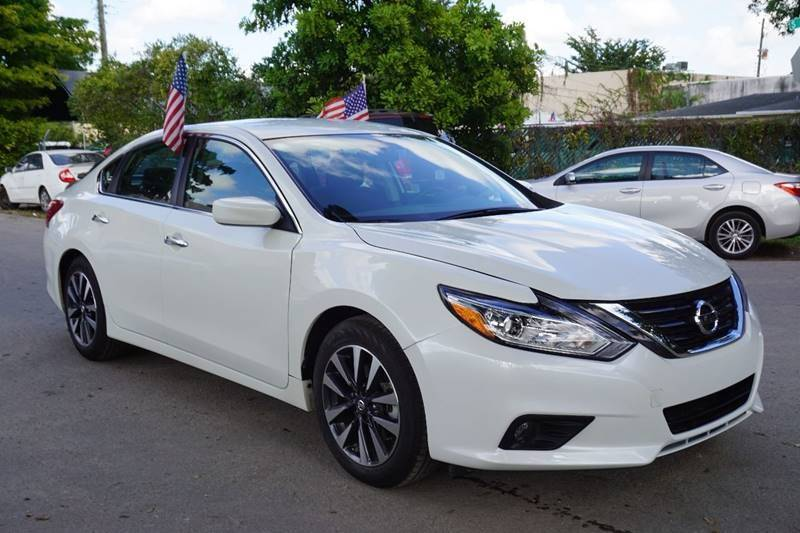 2017 NISSAN ALTIMA 25 SV 4DR SEDAN white  call 888-218-8442 for sales  this 2017 nissan al