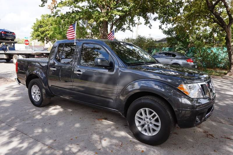 2014 NISSAN FRONTIER SV 4X2 4DR CREW CAB 5 FT SB PIC blue  call 888-218-8442 for sales   c